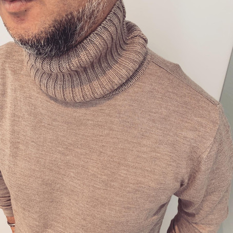 メンズファッション業界では、このKnitの話題でもちきりだとか。。