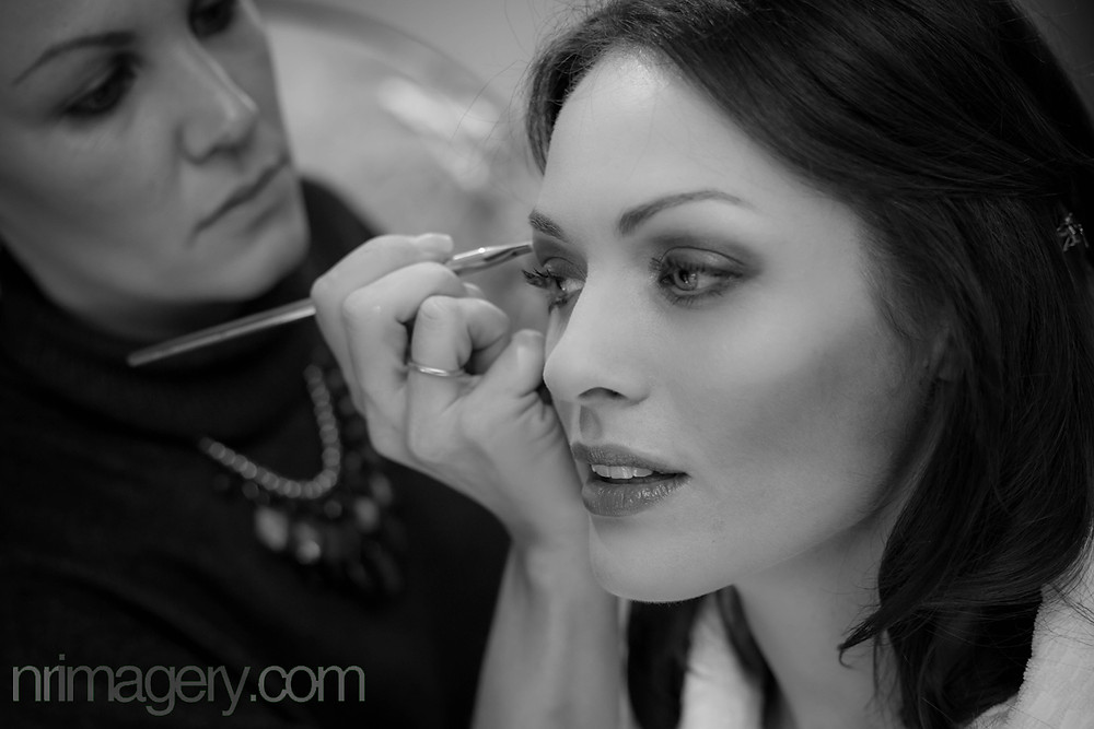 Applying the Make-up. Photographed with a Canon EOS 5D Mk III & Tamron SP 24-70mm f2.8 lens - ISO-1000, f/2.8, 1/50