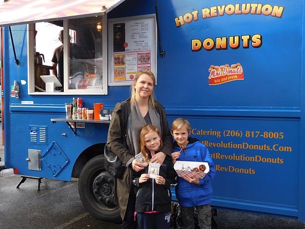 Happy customers is what it is all about; Hot Rev Donuts in Seattle; King County; WA State