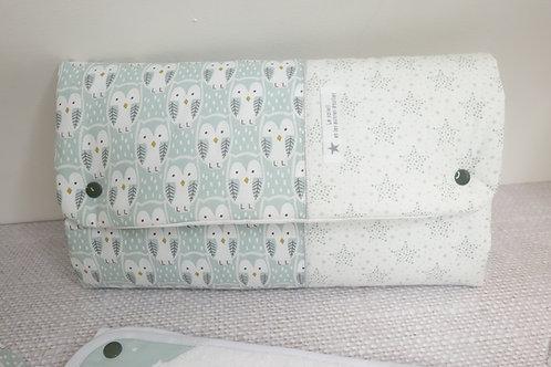 Tapis à langer Nomade Boo - pochette à couches intégrée