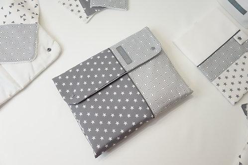 Pochette à langer Nomade Graphique gris et blanc