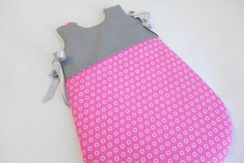 Turbulette poupon grise et rose motifs blancs