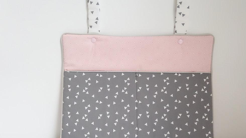 Range doudous/pyjama Collection graphique rose