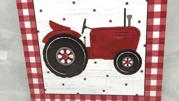 """AP875924-W 10""""SQ RED TRACTOR/GINGHAM WOODEN SIGN"""