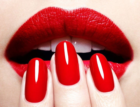 beautistas-vernis-ongle-rouge-bouche-e14