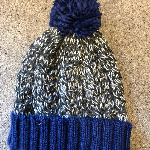 Men's Chunky Cable Knit Bobble Hat