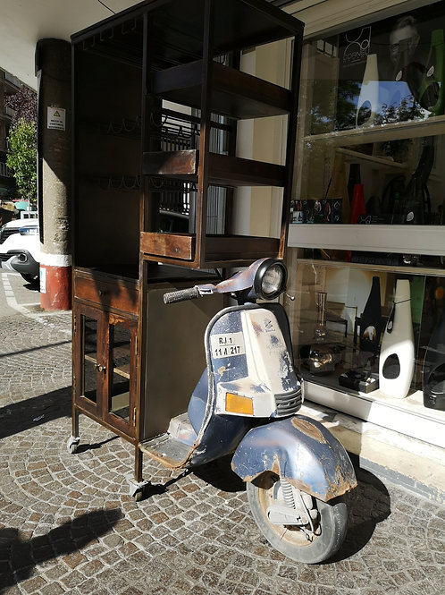 Mobile bar vespa design