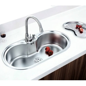 How to remove stains from kitchen sink