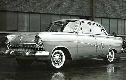 2Taunus 17M Superior 1959.jpg