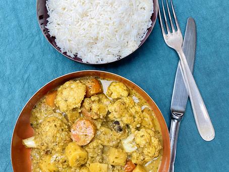 Curry de légumes crémeux au beurre de cacahuètes