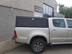Gitrax Toyota Hilux Alu-Cab