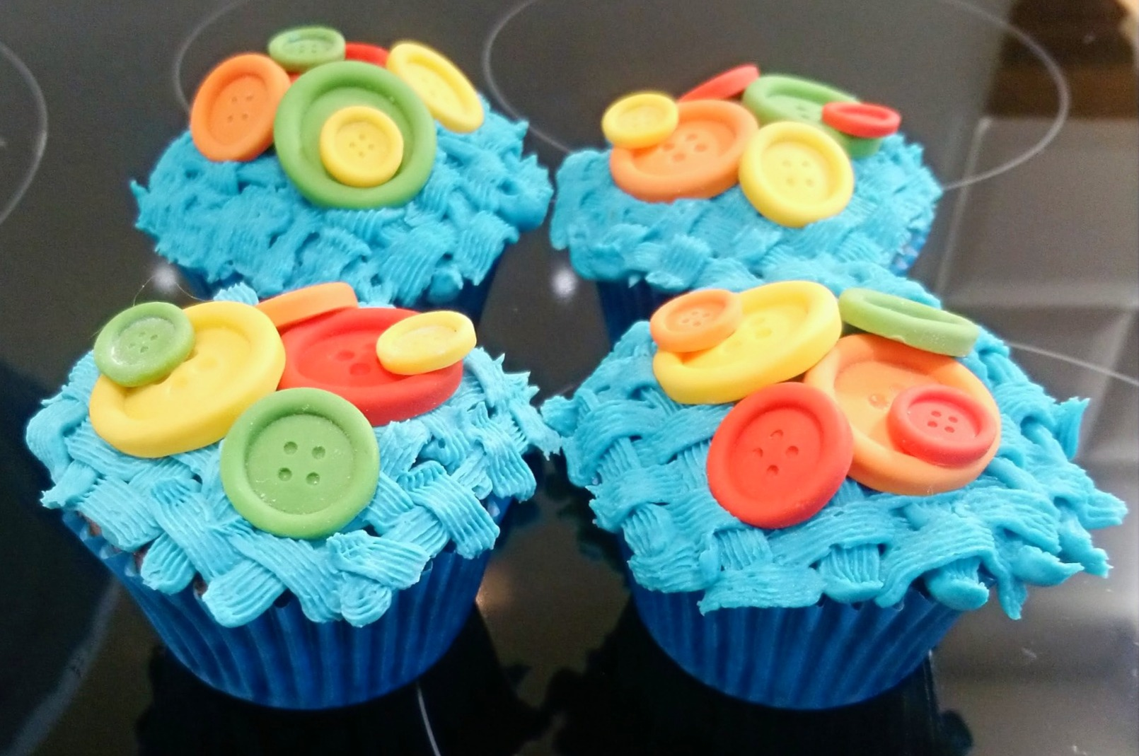 Basket Weave Button Cupcakes