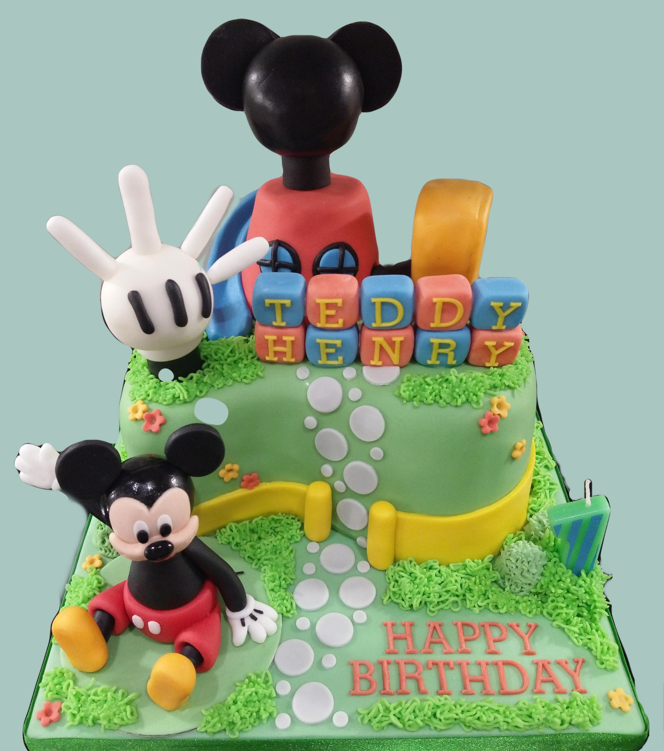 Mickey Mouse's Playhouse Cake