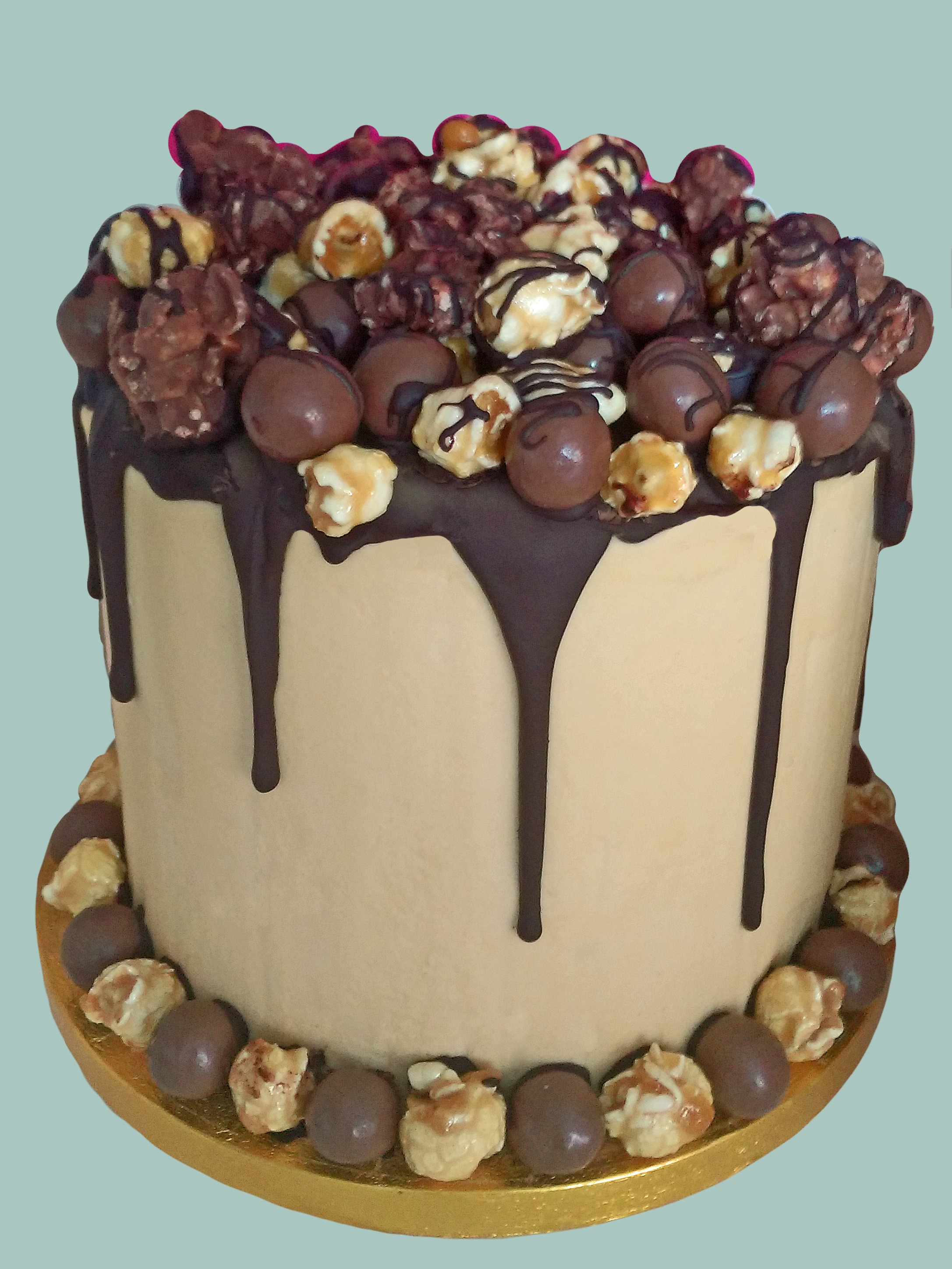 Chocolate Lovers Dream Drip Cake