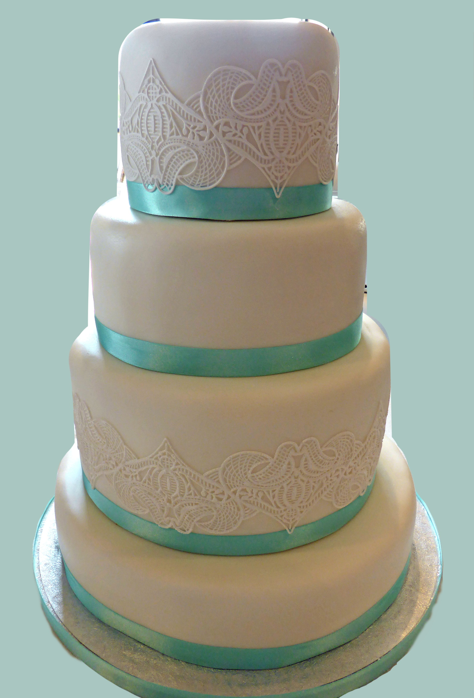 Lace & Ribbon Cake