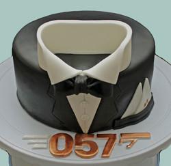 James Bond 057 Cake
