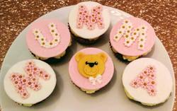 Mother's Day Mumma Bear Cupcakes