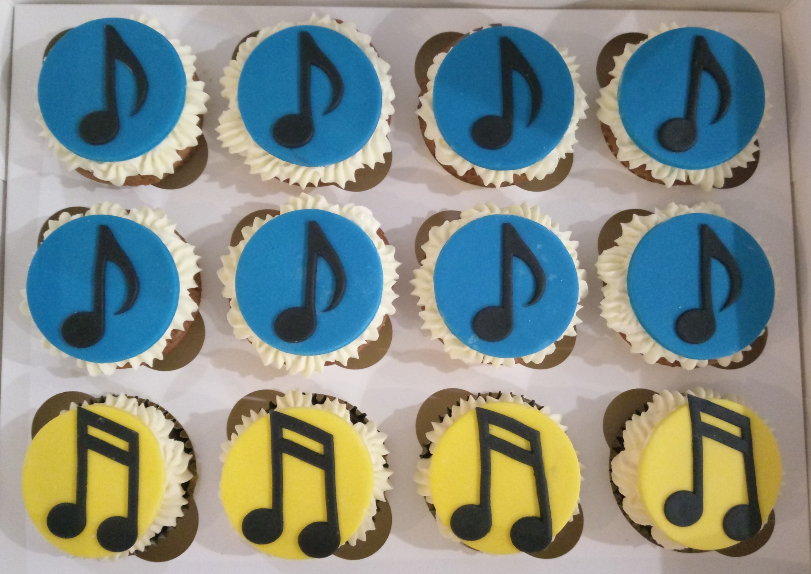 Coloured Music Note Cupcakes
