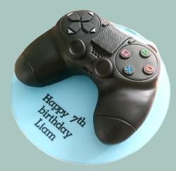 Games Controller Cake 1