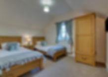 1582275-Twin Bedroom.jpg