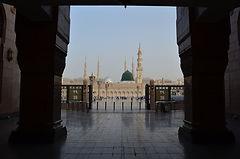 Masjid_Al_Nabwi_Hajj_Umrah.jpg