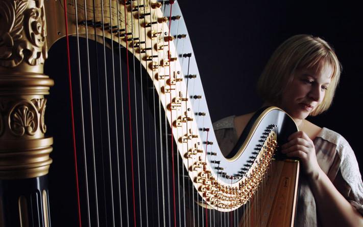 The Harp Lady 2.jpg
