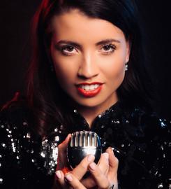 Emma singer..jpeg