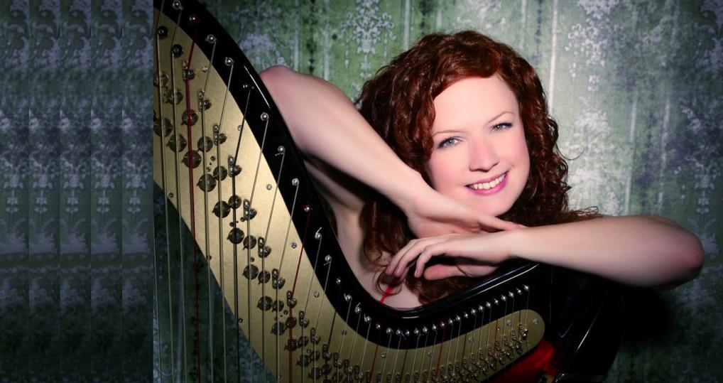 The Wedding Harpist  5.jpg