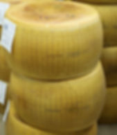 Parmigiano_Reggiano.jpg