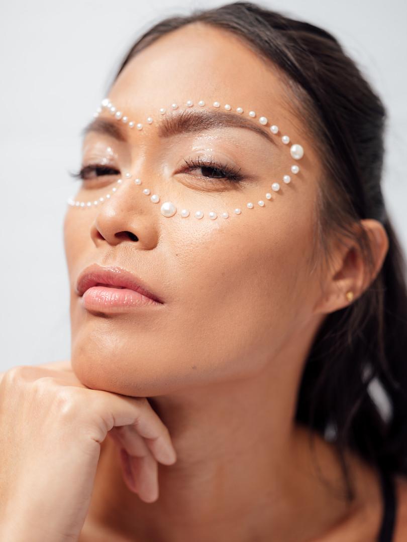 Photographer: Genesis Cabera Model: Irka Canseco Makeup: Jess Hazuda