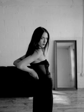 Photographer: Genesis Cabera Model: Marine Muller