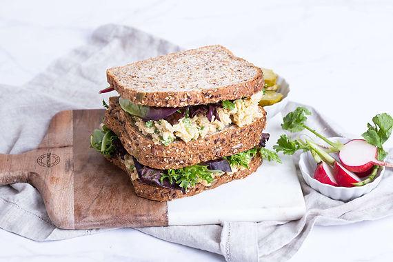 "Kichererbsen ""Tuna"" Sandwich"