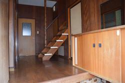 玄関-階段 before