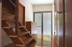 階段-玄関 after