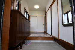 玄関ホールbefore