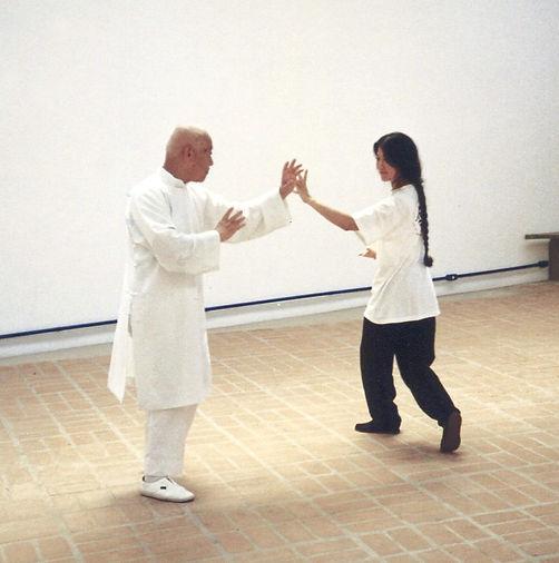 Mestre_Liu_Pai_Lin_e_Jerusha_Chang_no_Es