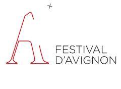 En Avignon, le théâtre s'intéresse peu au monde du travail. Et pourtant...