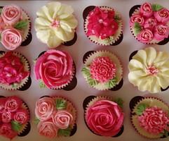 Sarah Thomas - Cupcakes3
