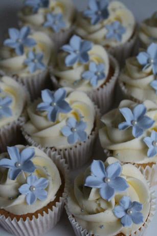 Sarah Thomas - Cupcakes28