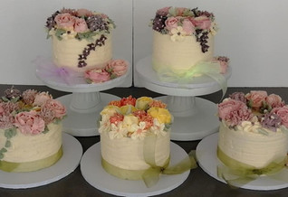 Sarah Thomas - Class cakes