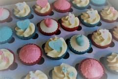 Sarah Thomas - Cupcakes24