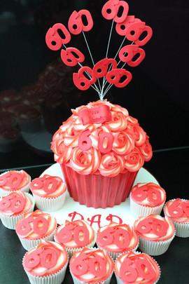 Sarah Thomas - Giant Cupcake14