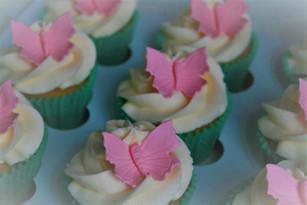 Sarah Thomas - Cupcakes25