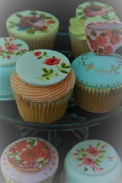 Sarah Thomas - Cupcakes26