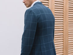 Smooth back with the Window Pane Jacket