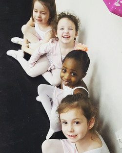 Good Morning SBS Family! We hope these little cuties put a smile on your face this morning! #sbsdanc