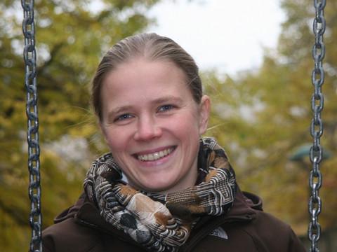 Dr. Tina Bilban