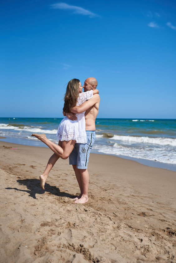 love beach couples