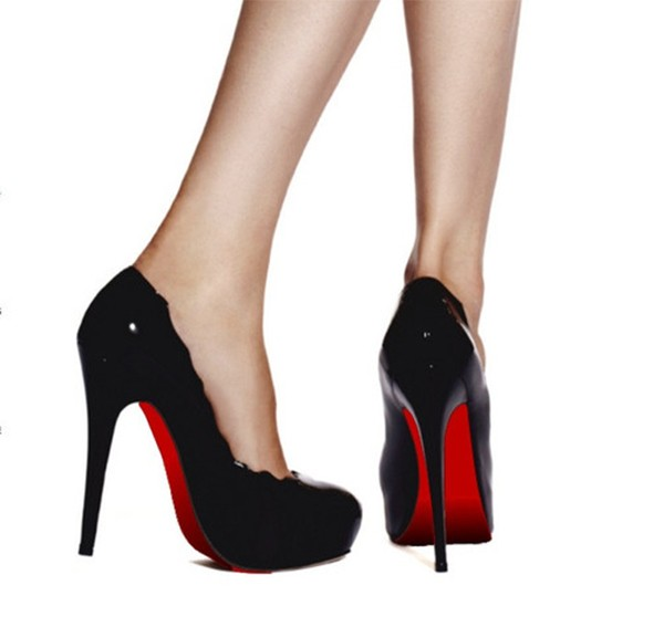 red-sole-shoe-stickers-louboutin_1
