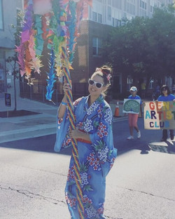 My origami totem for the _wheatonartsparade turned out colorful and fun for the parade! Glad all wor